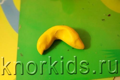 PA068245 500x333 Пластилиновая осень 2014   4. Банан